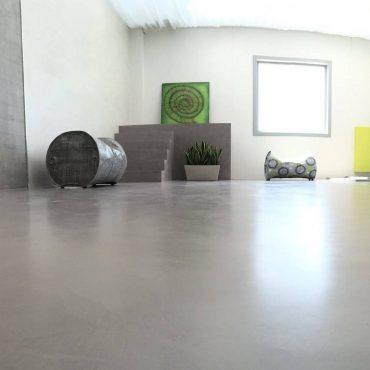 Ecobeton Microbond - dekorativní betonová stěrka aplikovaná na podlaze
