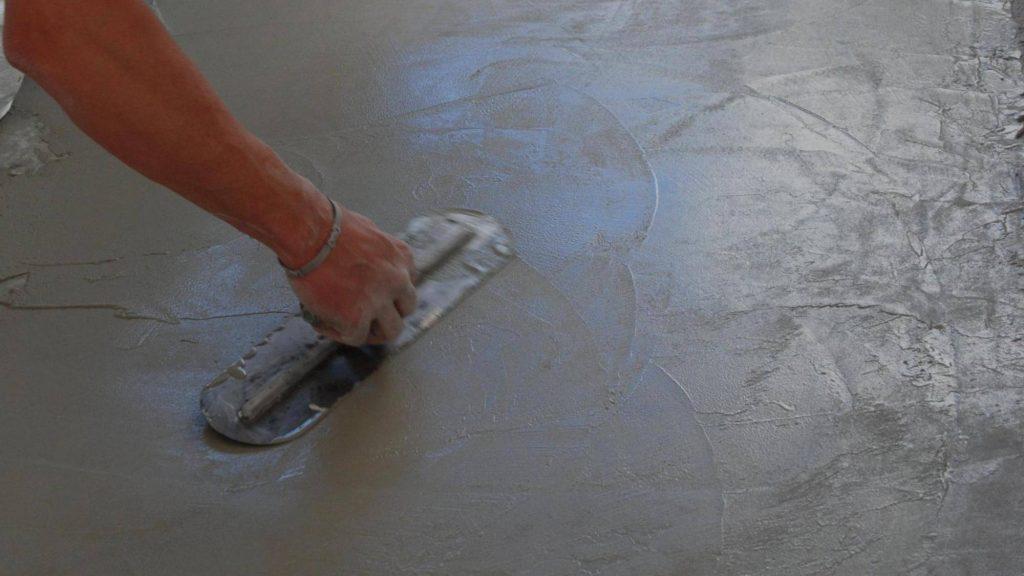 betonové stěrky svépomocí