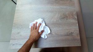 očištění a odmaštění povrchu